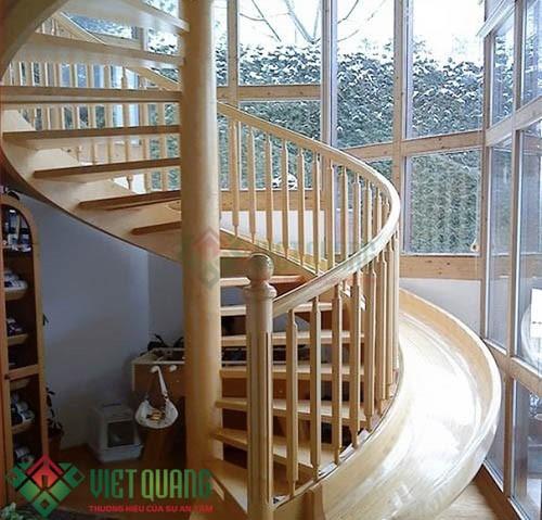 Một số mẫu cầu thang đẹp phù hợp nhất với nhà phố