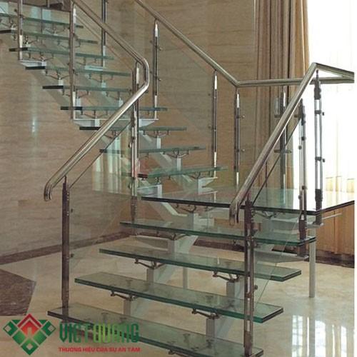 Một số mẫu cầu thang đẹp phù hợp nhất với nhà phố 23