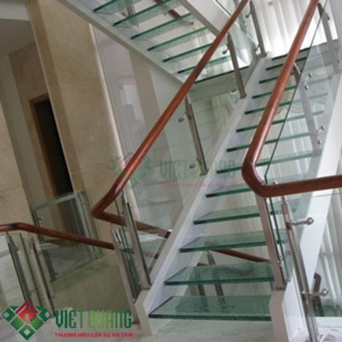 Một số mẫu cầu thang đẹp phù hợp nhất với nhà phố 25