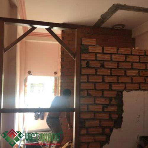 Thi công xây vách ngăn phòng, dựng cửa phòng cá nhân