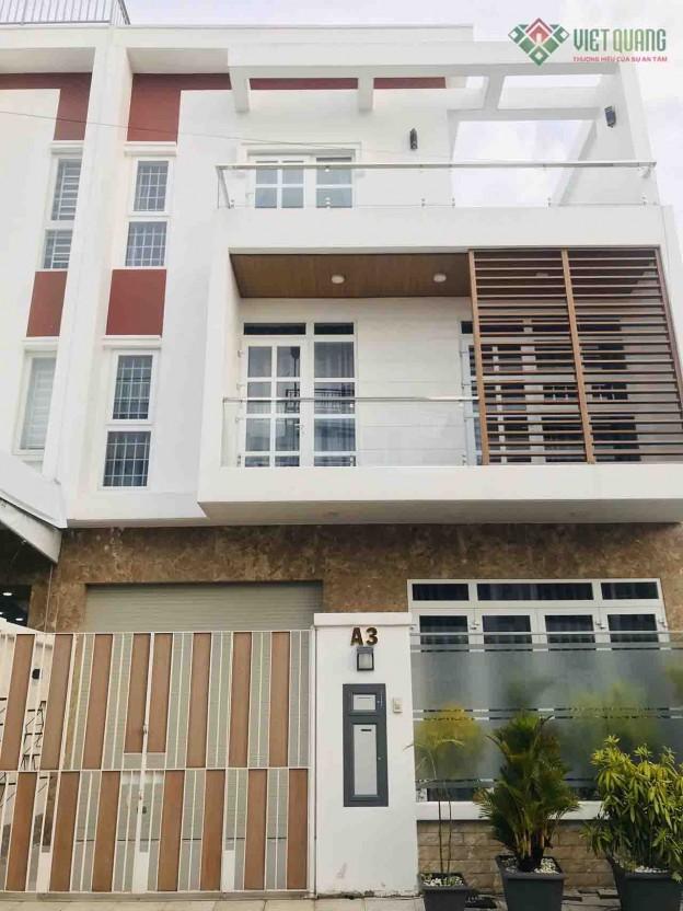 Xây nhà phố 3 tầng anh Tuyên huyện Hóc Môn