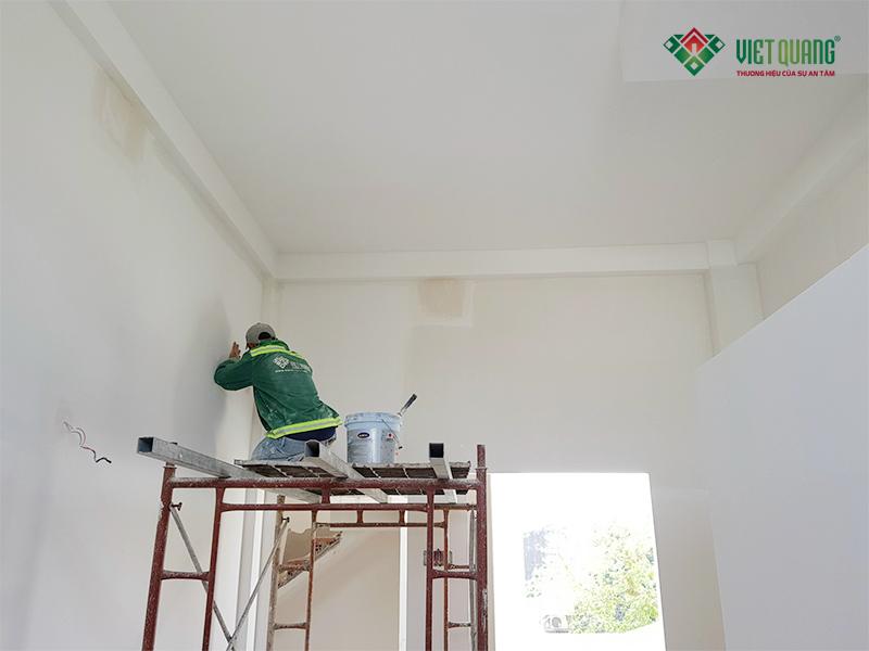 Những lưu ý khi lăn sơn lót cho tường nhà