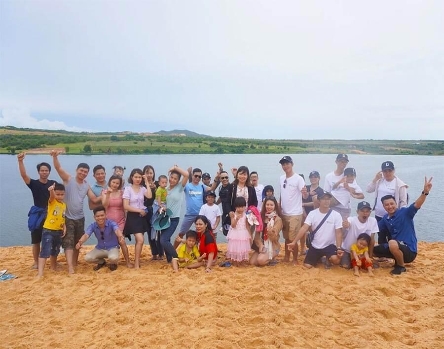 Hoạt động thăm quan nghỉ mát mùa hè năm 2020