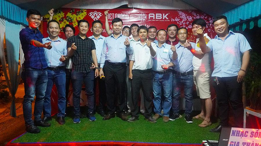 Tiệc tất niên 2020 - Việt Quang group