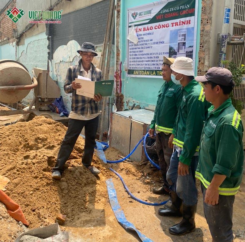 Đội ngũ công nhân thi công tại Gò Vấp