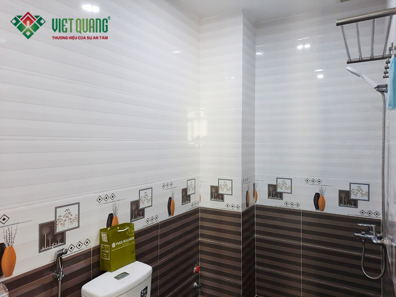 Hình ảnh hoàn thiện nhà vệ sinh được thiết kế và ốp lát gạch trang trí đẹp mắt