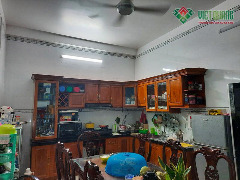 Hình ảnh khu vực bếp và nội thất bếp
