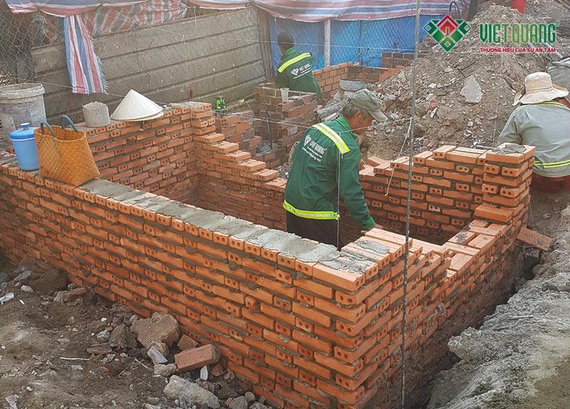 Thi công xây hầm bể chứa nước thải, hầm phân bằng gạch đình