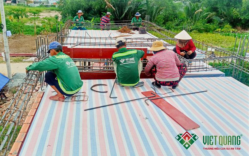 thi công bô thép sàn lầu 1 công trình nhà chị Thắm quận 9