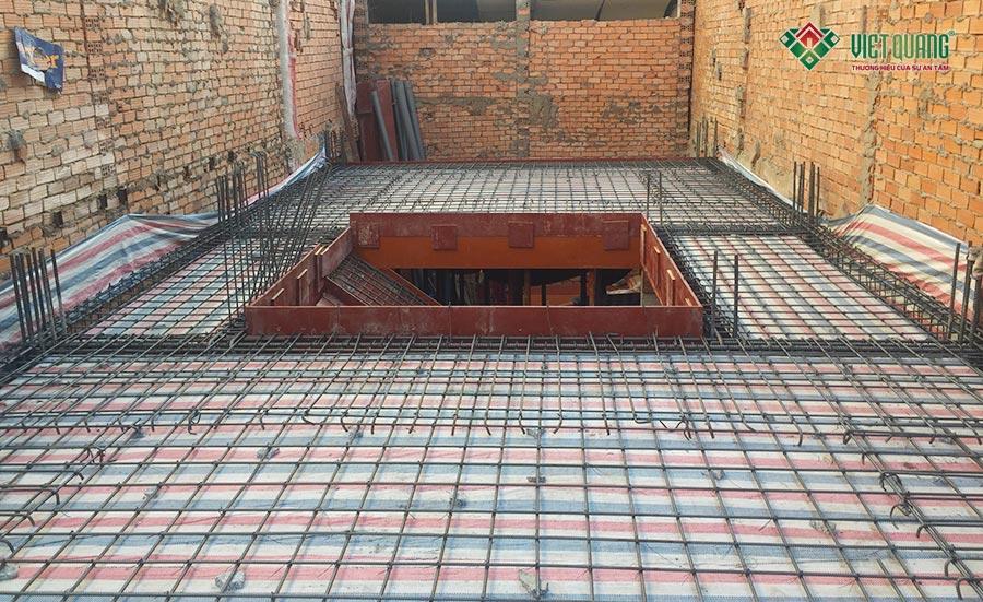 Thép sàn được bố trí và gia cố thẳng hàng, thẳng nối, bố trí đều nhau và rất đẹp