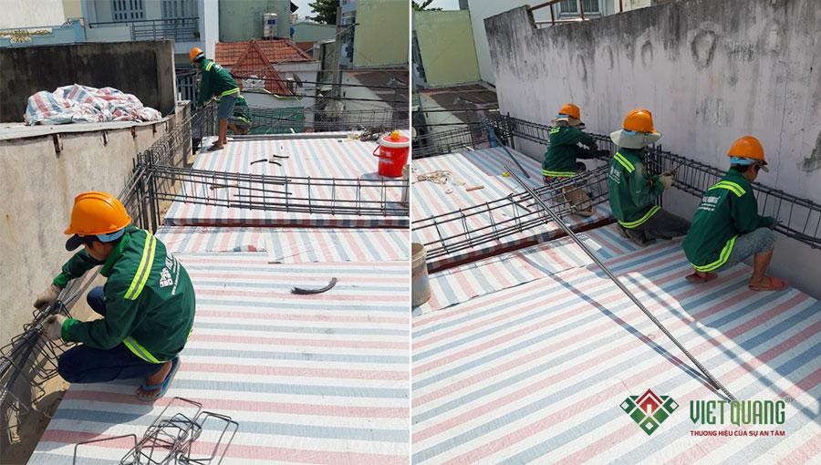Công nhân Việt Quang đang thi công bô thép đà và thép sàn