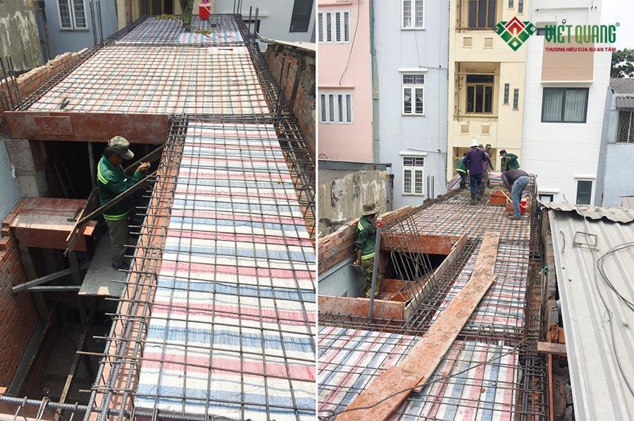 Hình ảnh công nhân Việt Quang thi công thép sàn và đổ bê tông sàn tại công trình